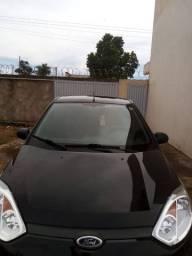 Fiesta Hatch 1.0 Completo