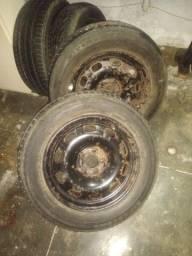 Vendo pneu usado aro 15