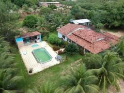 Linda chácara em Taborda com casa com 4 quartos. Piscinas