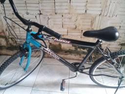 Vendo essa bicicleta semi nova!!