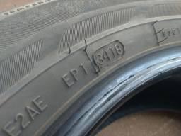 Pneu Bridgestone- Semi novo