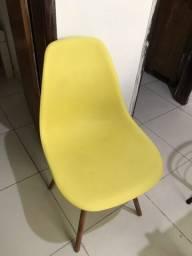 Vende-se cadeira charles eames