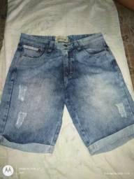 Vende-se Bermuda jeans