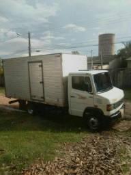 Mudança e frete caminhão baú