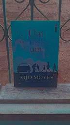Vendo Livro 'Um mais um'