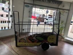 Triciclo Cargueiro marca Dream Bike semi novo com reboque, com alta capacidade de carga