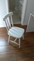 Cadeira laqueada