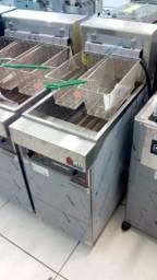 Título do anúncio: Fritadeira 2 cestos Metalcubas 15.000w - Moacir