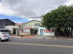 Casa e Terreno na Pedro Calazans