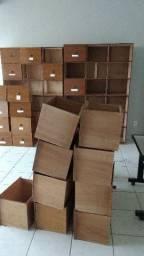 Armário de madeira 48 gavetas