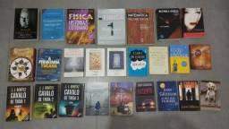 Vários Livros, vendendo para desocupar espaço