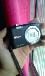 Câmera compacta nikon