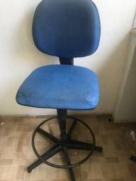 R$100,00 Cadeira para escritório