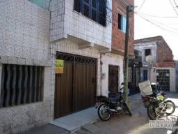 Aluga casa na Barra do Ceará, 2 quarto(1 suíte).
