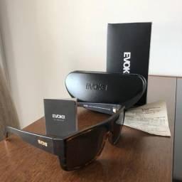 Óculos de Sol Evoke The Code