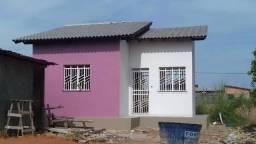 Aluga-se casa no bairro cidade satélite