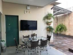 Vendo Luxuosa Casa no Residencial Castanheira - Porteira Fechada