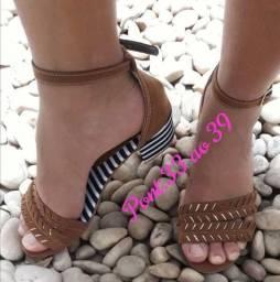 Sandálias femininas vários modelos