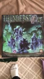 Jogo de tabuleiro thunderstone em inglês com 2 expansões!