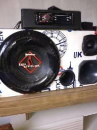 Caixa de som apenas a caixa e amprificador