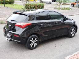 Hyundai HB20 1.0 vendo troco e Financio. R$