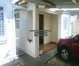 Casa mais 2 barracões no quintal, St dos Funcionários, Goiânia