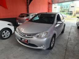 Toyota Etios Sedan 2013 1.5 1 mil de entrada Aércio Veículos htr
