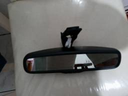 Espelho retrovisor interno.