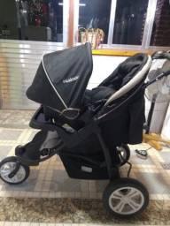 Carrinho de bebê Kiddo Fox com bebê conforto