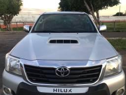 Hilux 2013 automática