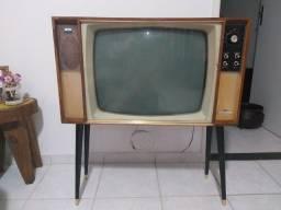 TV Antiga pé palito Colorado RQ