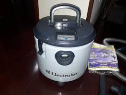 Aspirador  A 170 electrolux