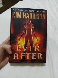 Ever After (livro em Inglês, capa dura)
