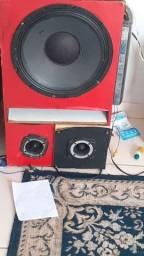 Caixa alto falante de 15 e barra 1600w