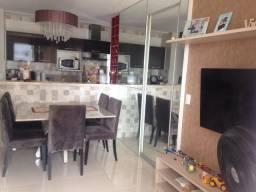 Apartamento  com armarios e ar condicionado no Chácaras Ipê com acesso ao Shopping