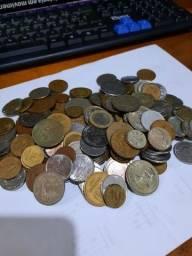 Lote de moedas antigas, Brasil e mundo.