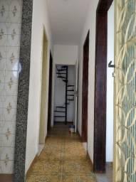 Casa sobrado com dois quartos