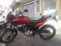 Moto Honda XRE 300 perfeita!!
