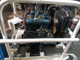 Motor diesel kubota 1105 3 cilindros