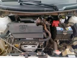 Toyota Etios Sedan 2017/2018 Branco (Aut) (Flex)