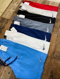 Título do anúncio: Bermuda Nike impermeavel