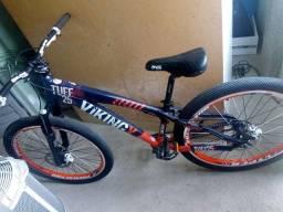 Bicicleta viking x. Aro 26. Freio a disco.