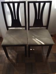 Conjunto de 6 cadeiras em madeira bruta