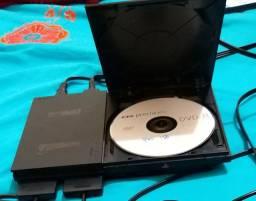 PlayStation 2 usado, em bom estado.