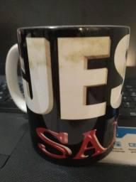 Título do anúncio: Caneca JESUS SALVA (cerâmica)