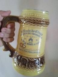 Vendo caneca de chopp antiga