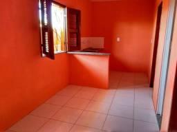 Apartamento em Antônio Bezerra