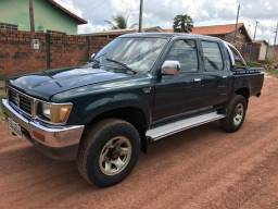 HILUX 2.8 DIESEL 4x4 Ano (2001/2001) - 2001