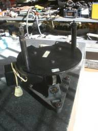Mesa angular giratória para aeronáutica