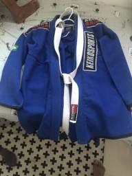 Vendo Kimono A2 usado pouquíssimas vezes